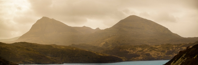 Mountain Curves - Assynt